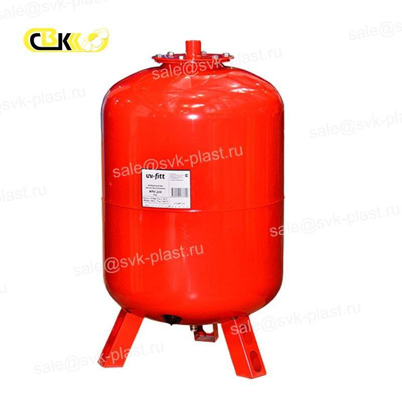 Expansion tank for heating UNI-FITT